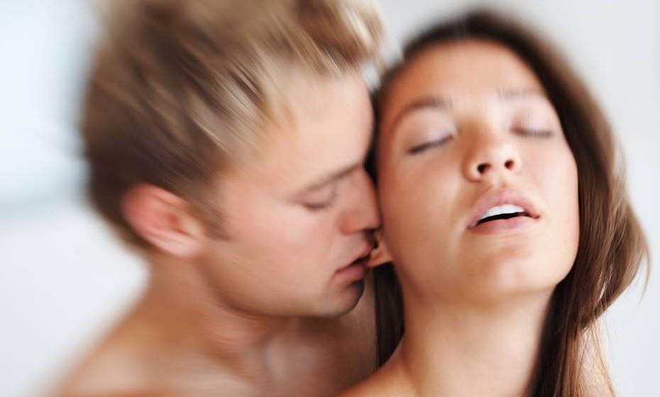 Seja verdadeira: Fingir um orgasmo não é a solução. É mais produtivo conversar sobre o assunto e, caso haja necessidade, procurar ajuda profissional.