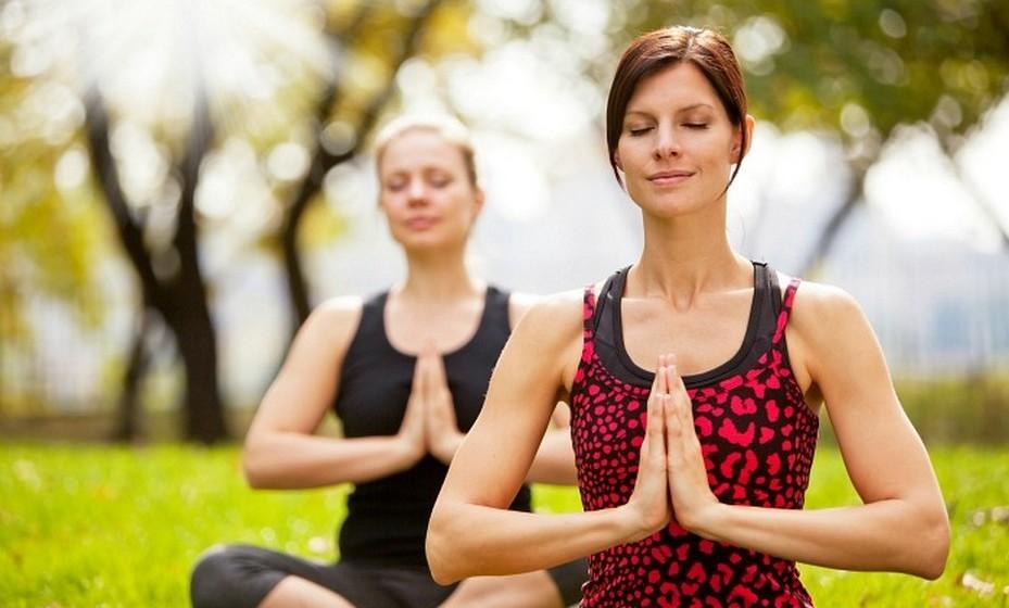 Leia sobre o tema: Procure compreender melhor as bases da meditação e os seus benefícios. Procure um ou dois livros sobre o assunto, que provavelmente servirão de incentivo.