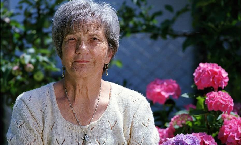 Reiki e idosos: O Reiki para seniores ajuda estes pacientes a lidarem com os percalços físicos próprios da idade. O corpo em sintonia com a mente previne o surgimento de depressões e facilita a superação de doenças. Várias universidades sénior disponibilizam o ensino do Reiki.
