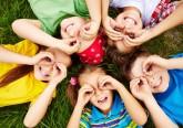 No início de mais um ano letivo, veja formas que a ciência provou que ajudam a desenvolver as capacidades dos pequenos elementos da família.
