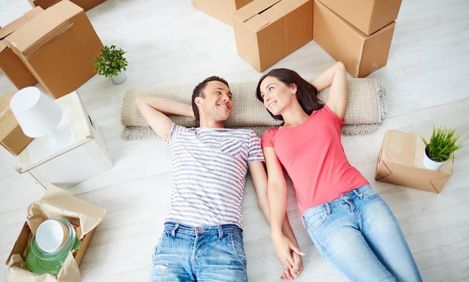 Passar a dividir o mesmo espaço é um passo importante em qualquer relação. Esta lista de vantagens é razão mais do que suficiente para deixar o medo de lado. Quer melhor decisão do que esta no início de um novo ano?