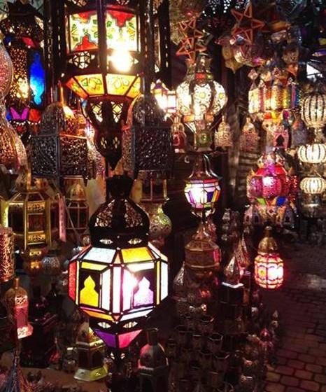 Candeeiros típicos de Marrocos.