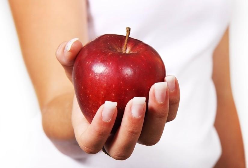Se identifica os seguintes comportamentos em algum amigo ou familiar, saiba que este poderá estar a sofrer deste distúrbio alimentar caracterizado pela obsessão pela alimentação saudável.