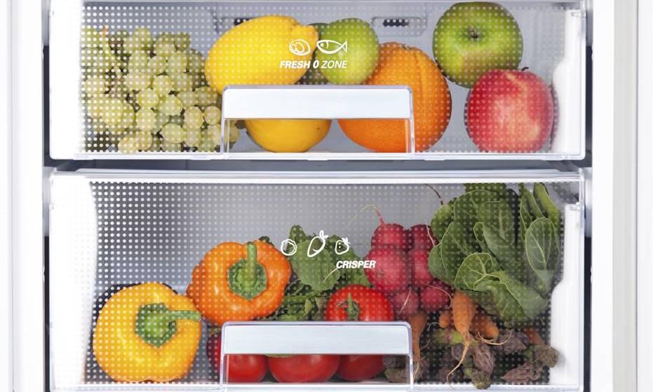 Sabia que existem zonas com diferentes temperaturas dentro do frigorífico? E que a fruta não deve ser guardada junto dos legumes? Ou que os tomates perdem o sabor? Tire estas e outras dúvidas para melhor otimizar o acondicionamento dos seus alimentos.
