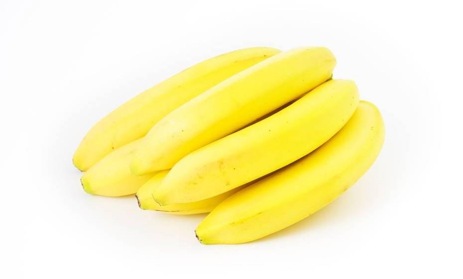 A fruta e os legumes que precisam de amadurecer devem ser mantidos à temperatura ambiente.
