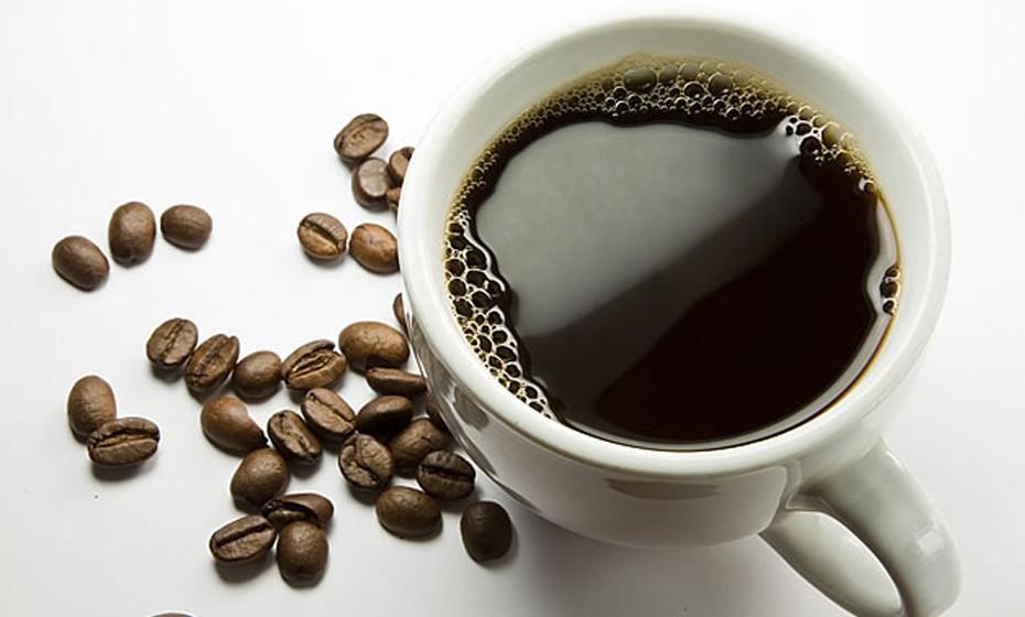A bebida de cevada é um cereal muito benéfico para a saúde. Pode ser utilizado como substituto do café. Além de ser importante para os dias de inverno, pode ainda ser usado por todos aqueles que desejam emagrecer.