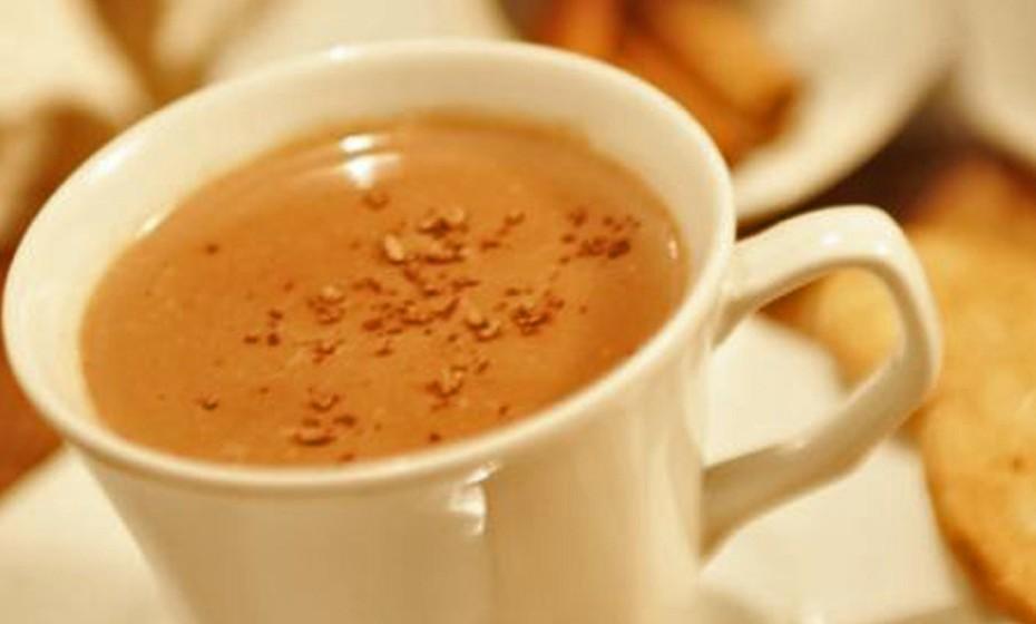 O coconhaque é uma bebida que mistura o sabor doce do chocolate com o sabor amargo do conhaque. Esta mistura faz com que o momento da degustação lhe proporcione uma experiência inesquecível.