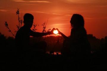 O sexo não é tudo numa relação. Se quer uma relação longa, vá mais longe e procure algumas características que vão seguramente firmar mais a relação a longo prazo.