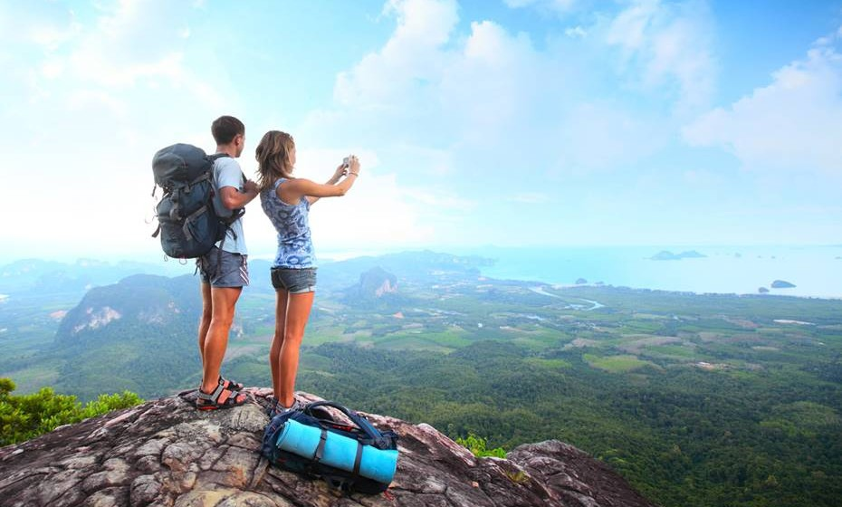 Alguém com quem possa viajar, sem que se queiram matar um ao outro no final da viagem.