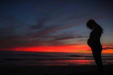 Morte maternal cai quase 50 por cento segundo a OMS