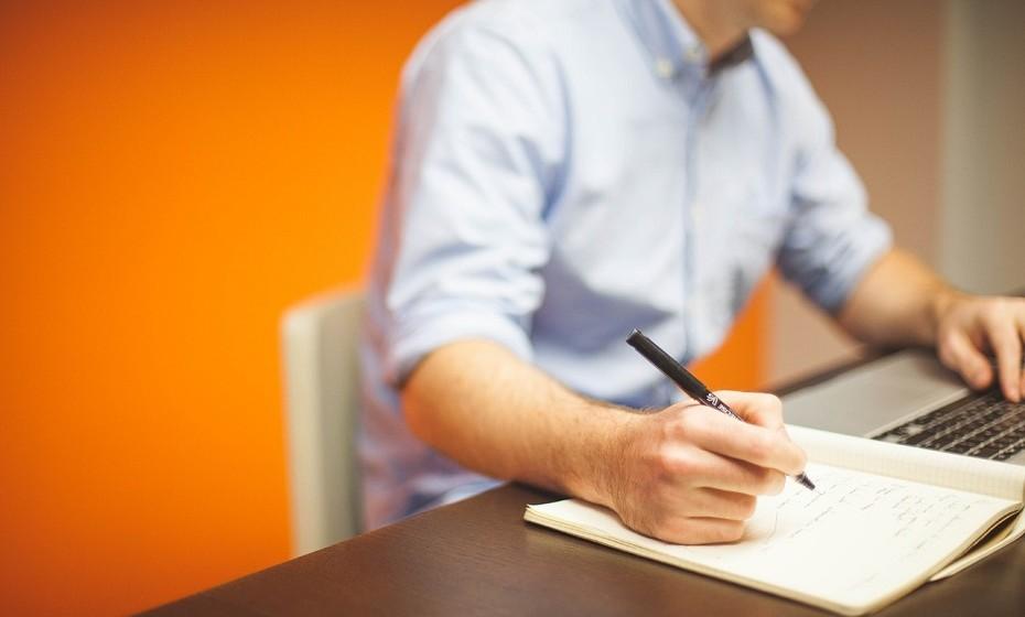Evite o stress. Aprenda a gerir melhor o seu tempo, estabeleça prioridades e planeie as tarefas e compromissos que tem semanalmente.