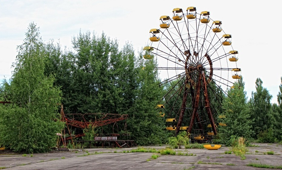 Pripyat, Ucrânia. Esta cidade já esteve preenchida com quase 50 mil habitantes, mas foi evacuada após o desastre de Chernobil.