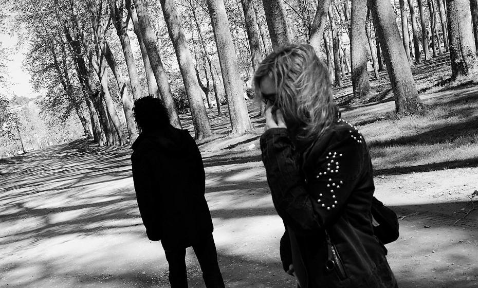 A infidelidade é sempre um assunto extremamente delicado, mas pode não ser o fim de uma relação. Se o casal conseguir ver a infidelidade como um problema da relação, isto é, alguém foi infiel porque algo de mal se passa com a relação e não com quem traiu ou foi traído, é mais provável que consiga ultrapassar a situação e continuarem juntos.