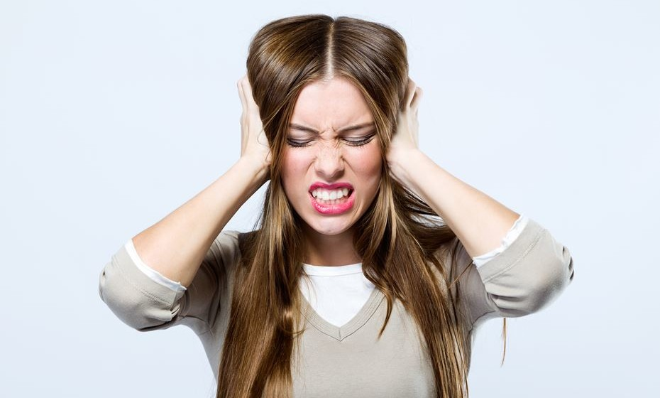 O dia já vai longo e o stress não dá tréguas... Então, eis que ela aparece, a tão indesejada dor de cabeça. Aprenda dicas fáceis e naturais para aliviar este problema.