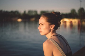Não há relações perfeitas. Todos os casais discutem e têm as suas fases menos boas. No entanto, de uma discussão a um divórcio, o passo pode ser grande ou pequeno. Estes são alguns tópicos que pode ter em consideração para decidir se vale ou não a pena lutar pelo seu casamento.