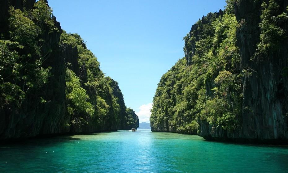 10. Praia Nacpan, El Nido, nas Filipinas.