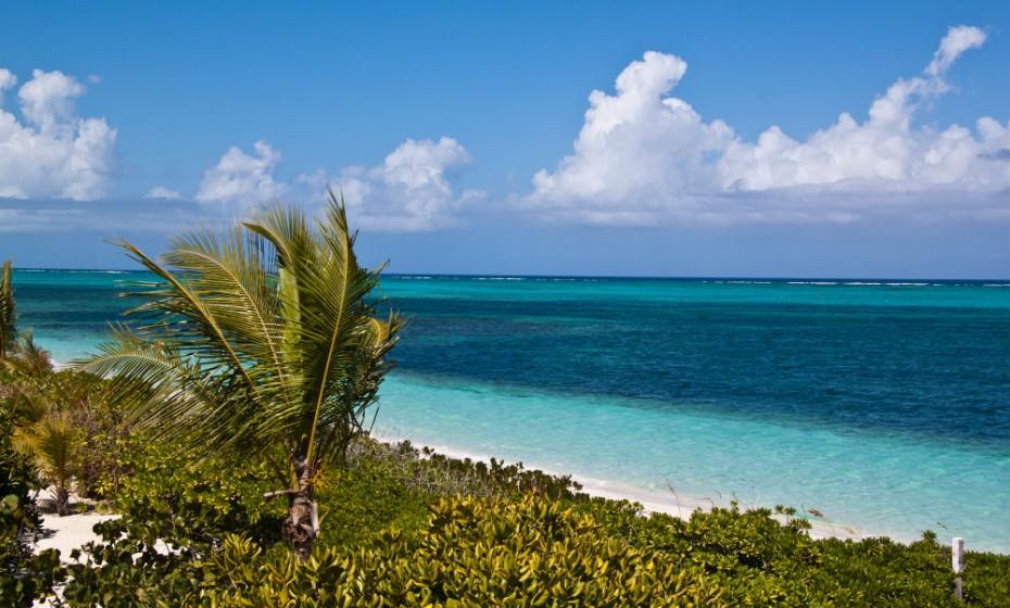 1. Grace Bay é uma praia localizada na ilha de Providenciales.