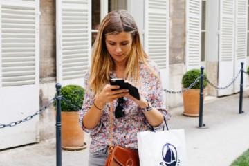 A forma como foca a atenção no telemóvel pode afetar a audição