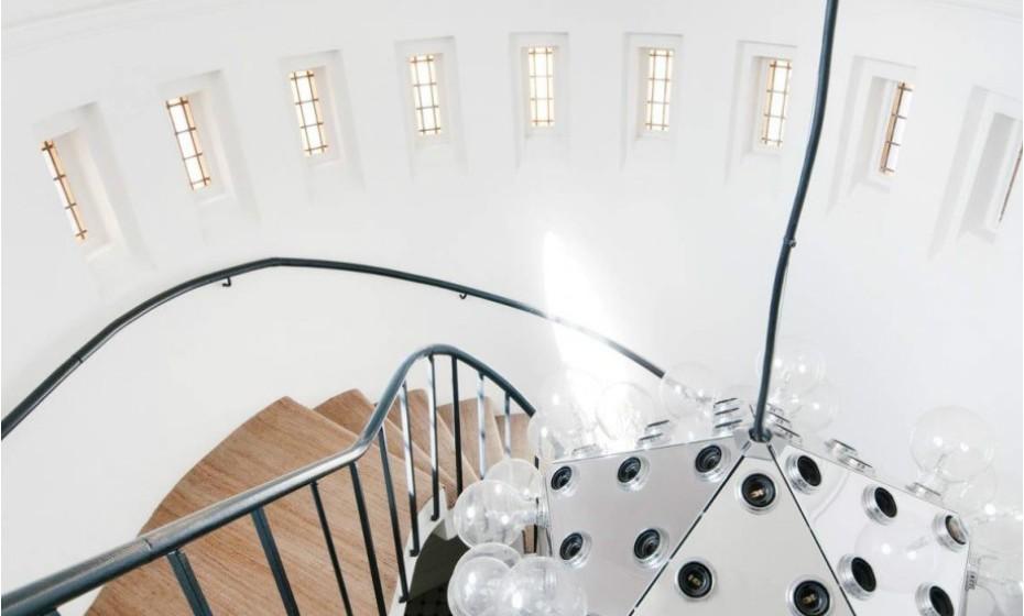 As janelas de igreja são conhecidas por 'convidar' a luz natural a entrar.