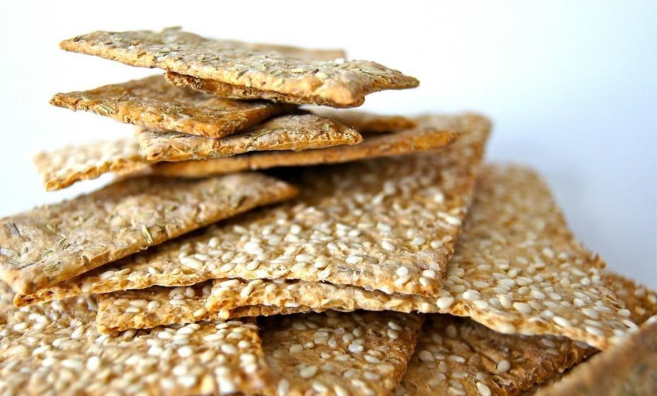 Alimentos sem glúten processados – São feitos com farinhas que o elevam o açúcar no sangue rapidamente. Este aumento conduz a níveis elevados de insulina e podem causar fome e aumento de peso. E, ainda, carecem de proteínas e fibras.