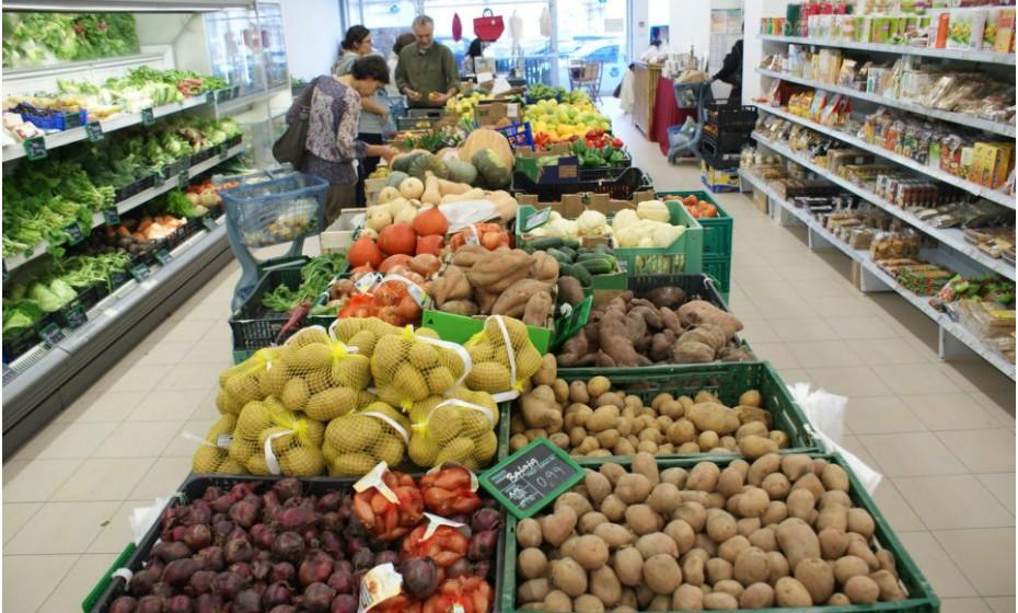 Em Lisboa, pode também encontrar o supermercado Miosótis: R. Marquês Sá da Bandeira, 16, junto ao Jardim da Gulbenkian.