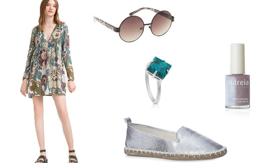 Na estação das flores, use padrões florais. Na imagem: Vestido Zara, óculos Parfois, alpErcatas Primark e anel Tous.
