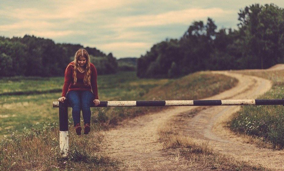 Sentir que tudo o que a rodeia está errado, nada corre bem e dificilmente consegue ver o lado positivo das coisas pode ser um sinal de depressão. 'Eu não tenho escolha', 'não posso fazer nada', 'ninguém se importa' – já se ouviu dizer isto alguma vez?