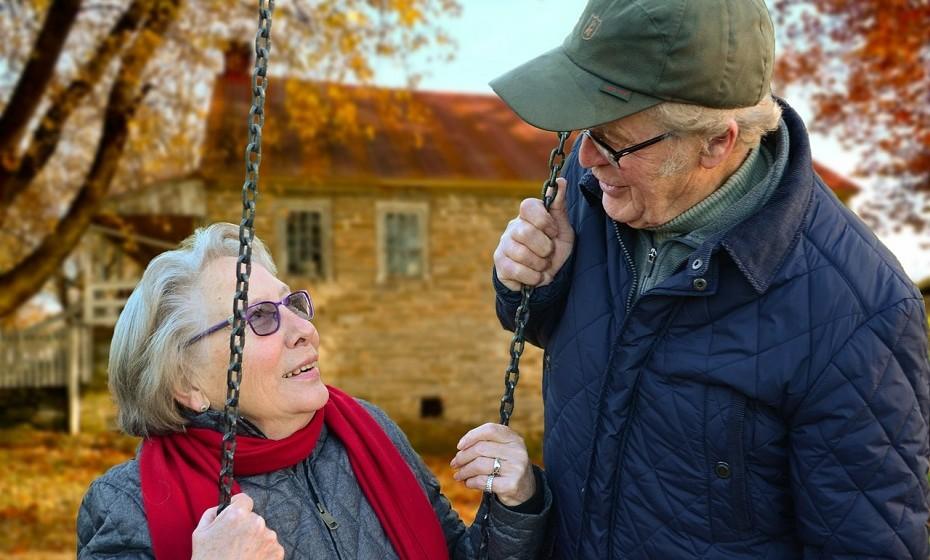 Os casais podem desenvolver características faciais semelhantes após 25 anos juntos. Isto pode ser resultado de uma dieta, meio ambiente e personalidade semelhantes. Ou, ainda, um resultado de empatia com o seu parceiro ao longo dos anos.