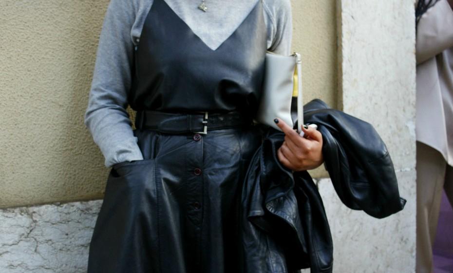 Josine Monalisa utiliza frequentemente este tipo de look para ir trabalhar.