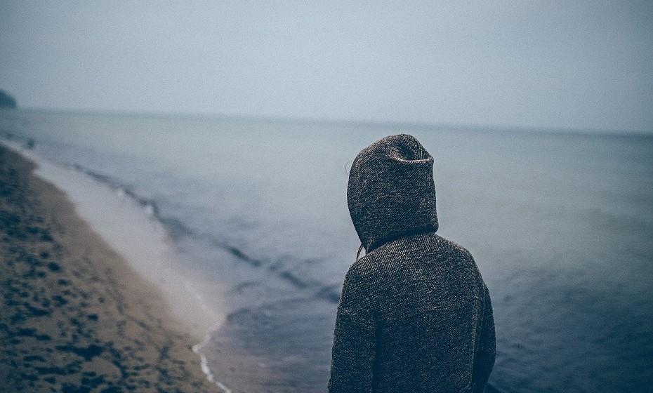 O stress faz o individuo sentir-se oprimido, mas se chegou ao ponto de sentir que quer desistir de tudo: estar com amigos, do trabalho, de se levantar da cama e até de viver, não é bom sinal.