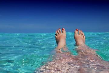 Para se sonhar ainda não se paga imposto, por isso, entre nesta viagem que preparámos para si – uma lista de ilhas lindas que deve visitar, pelo menos uma delas. Pelo menos!