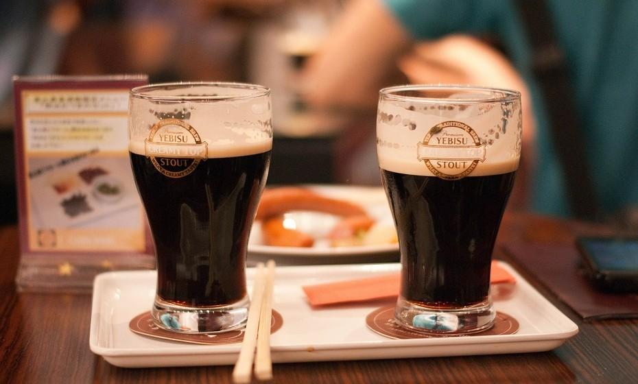 As bebidas alcoólicas como a cerveja têm realmente alguns benefícios de fermentação, quando bebidas com moderação. As vitaminas dos grãos de cerveja (cevada, trigo, arroz e milho) sobrevivem ao processo de fermentação e de filtração e podem induzir bom colesterol e diminuir a formação de coágulos de sangue.
