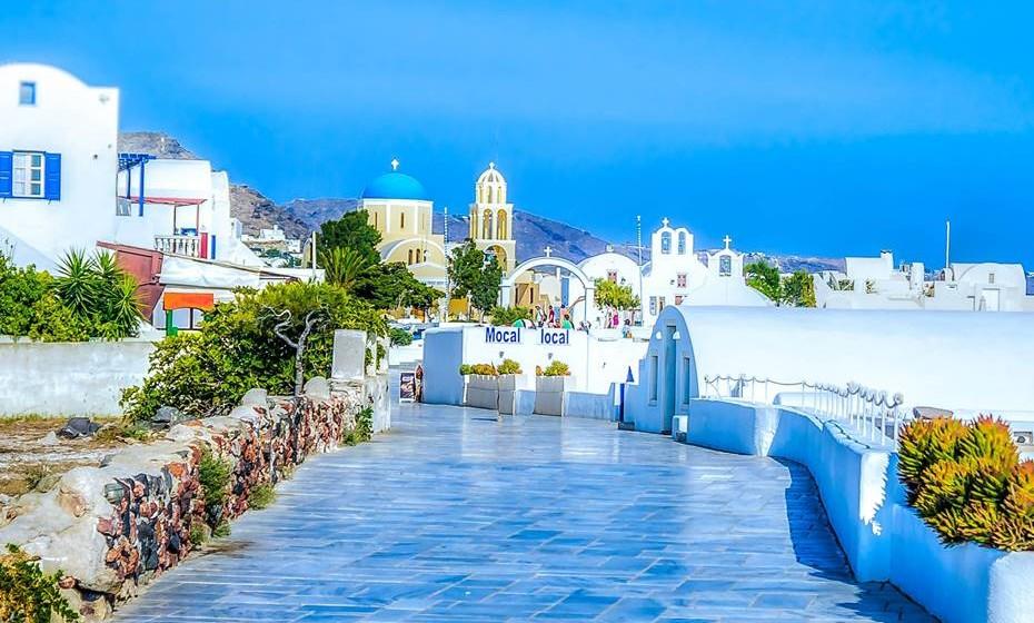 1 – Santorini, Ilhas Cíclades, Grécia
