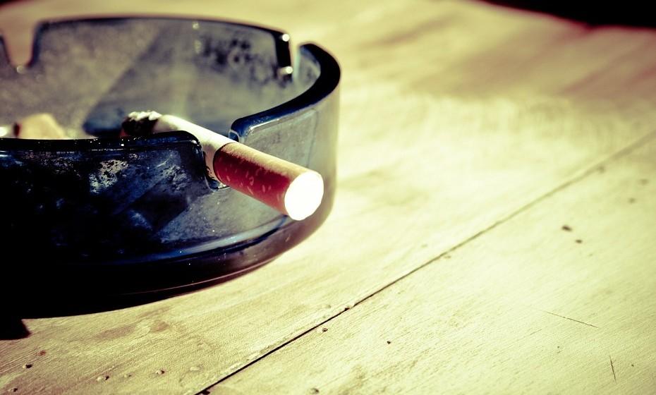 Deixe de fumar.