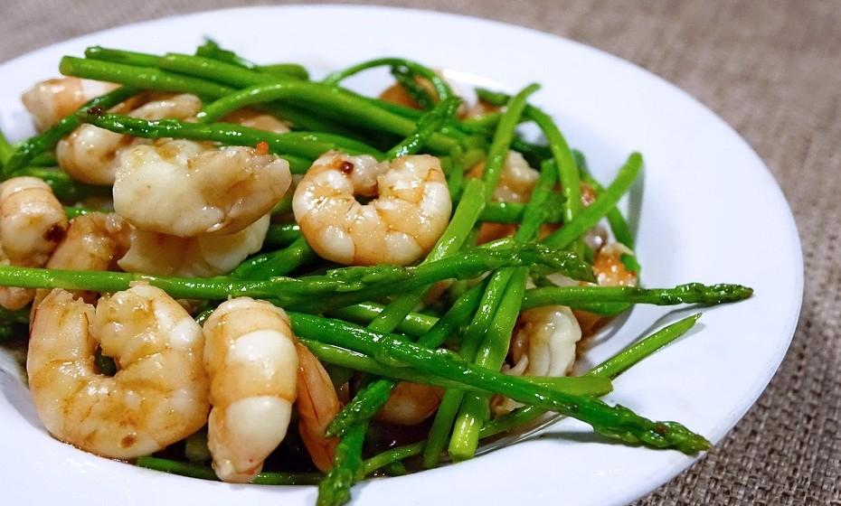 Espargos são conhecidos por serem um vegetal muito saudável e anti-ansiedade.