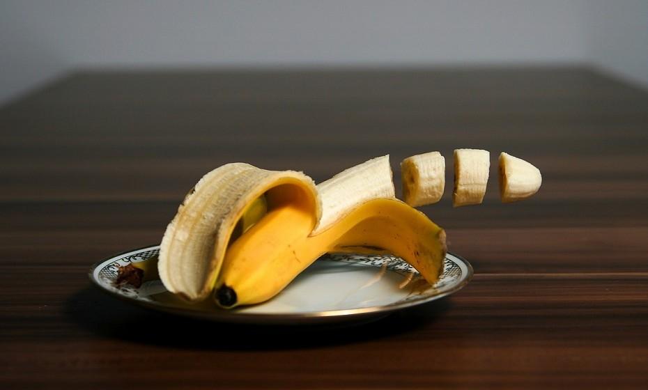 A banana fornece uma grande quantidade de vitamina B6 que tem um papel importante na prevenção de insónias.