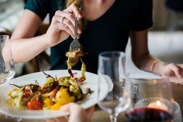 Nem tudo o que parece é e estes alimentos são prova disso. Embora pareçam saudáveis, afinal não são assim tanto. Na véspera do Dia Nacional da Luta contra a Obesidade e do Dia Europeu da Obesidade, assinalados ambos a 20 de maio, fique a saber quais são.