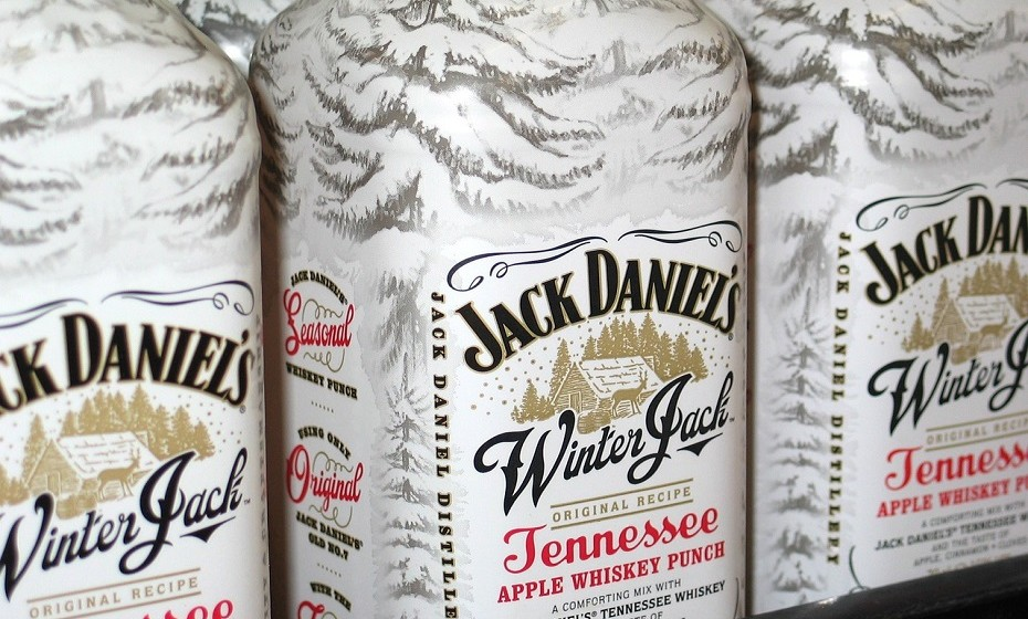 As bebidas alcoólicas com quantidades elevadas de congéneres (uísque, conhaque e tequila) aumentam a frequência e intensidade das ressacas. Por outro lado, as bebidas incolores como vodka, gin e rum contêm baixos níveis de congéneres.