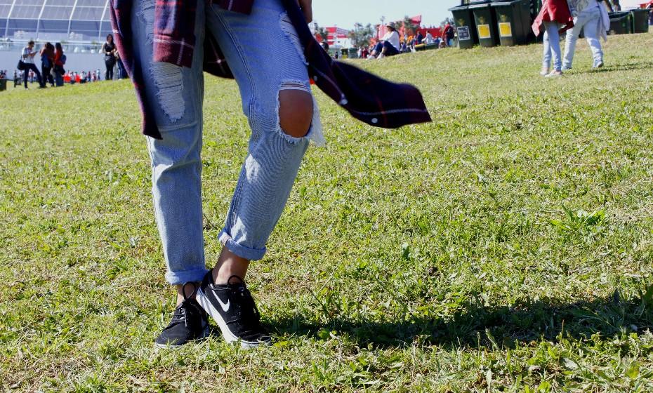 «Vesti umas calças por ser mais prático», partilha.