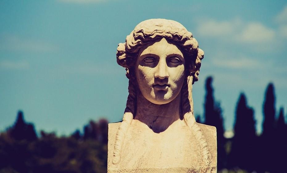 Na Grécia, 40% da população vive na capital – Atenas.
