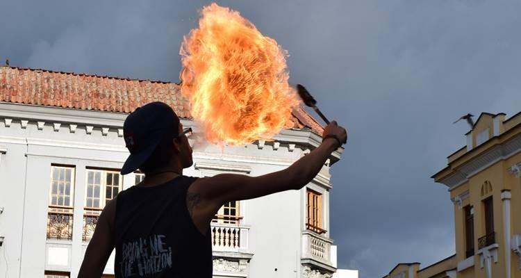 Artes de rua vão animar Óbidos a 21 e 22 de maio