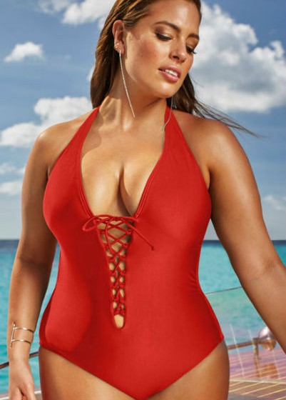 Ashley Graham para a 'Swimsuits for All'.