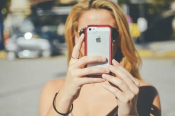 O que prefere: um smartphone ou um flip-phone?