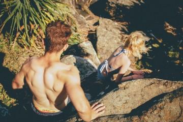 Ter relações sexuais no período noturno é fantástico, mas há algo de especialmente bom em fazer uma pausa (sensual) a meio da tarde de um dia de verão.