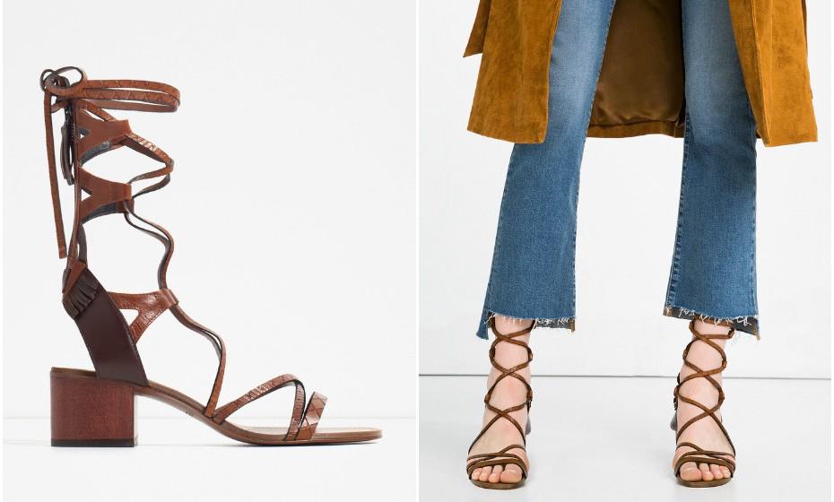 As sandálias gladiador são sempre tendência no verão. Estas são em pele e da  marca Zara.