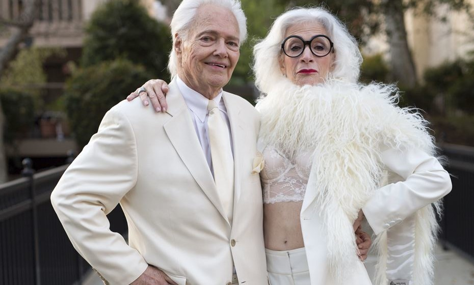 O fotógrafo Ari Seth Cohen publica com frequência fotografias estilo street style no seu blog, 'Advanced Style', onde mostra o lado mais fashion das pessoas idosas que andam pelas ruas do mundo. Estas são algumas dessas imagens.