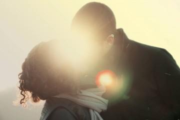 Está constantemente à procura de sinais que lhe digam se são compatíveis ou não? Uma maneira de encontrar resposta é voltar-se para as estrelas para tentar entender se essa relação tem futuro.