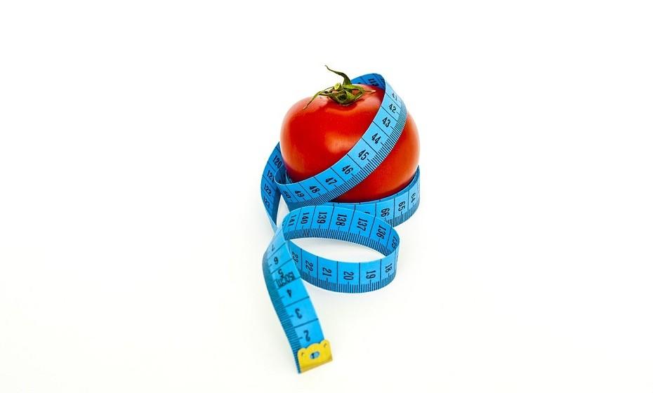 São várias as doenças que estão associadas a uma má alimentação como, por exemplo, doenças cardíacas e cancro. Uma boa dieta pode melhorar todos os aspetos da vida, desde o funcionamento do cérebro ao desempenho físico.