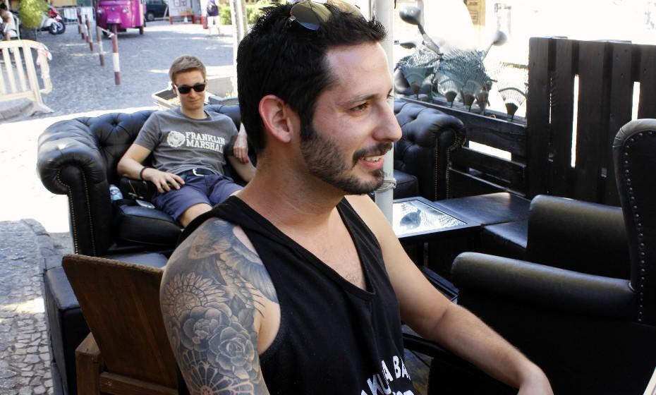 «Neste momento só tenho duas tatuagens e foi a da perna que doeu mais», confessa Julian Forte, 30 anos.
