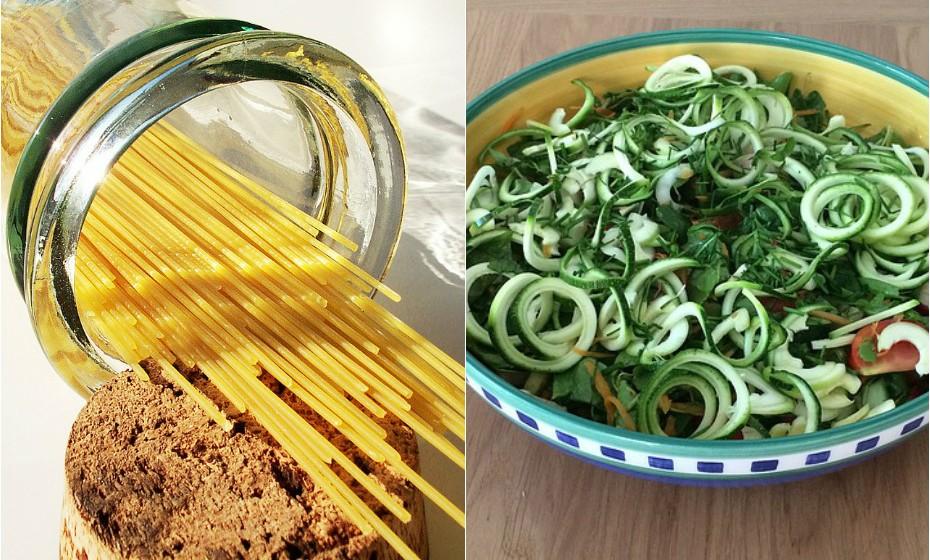 Substitua os alimentos com um nível elevado de hidratos de carbono, como o esparguete, por 'esparguete' de curgete ou de abóbora.